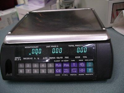 Hobart Digital Scale    Model: Ameri   Black   Good Condition