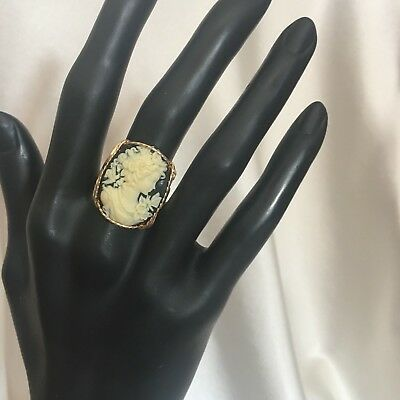 Beautiful Carved Shell 14kt Rolled Gold Wire Wrapped Cameo