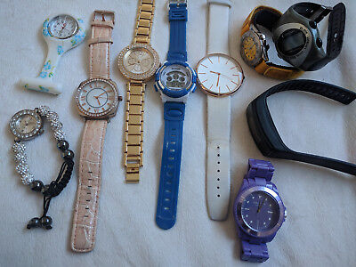 Job lot of old and broken watches for spares, repairs