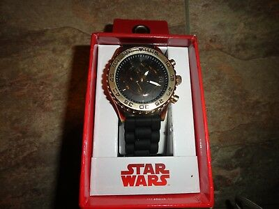 Star Wars Men Watch Rubber Band New In Box