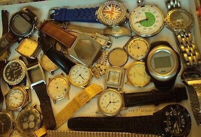 JobLot of old watches/broken watches&bits spares,repair/scrap great lot 16-8-w1