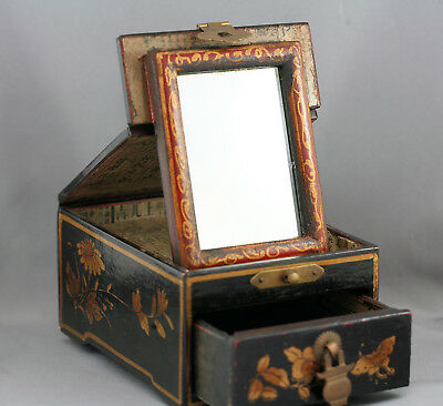 Stunning Beautiful Antique Chinese Hand Painted Lacquer Makeup Box Circa 1890s