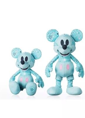 Disney Store 2018 Mickey Mouse Memories May Plush Limited Edition SOLD OUT