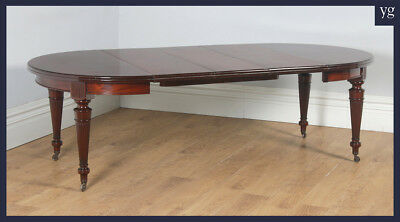 Antique English Victorian Mahogany Round Extending 8 Seater Dining Table c.1890
