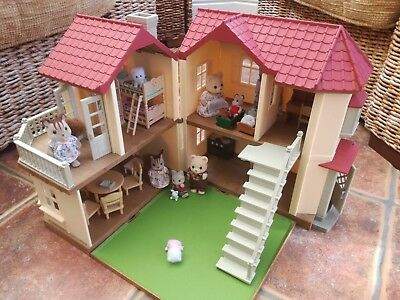Sylvanian Families Beechwood Hall with furniture and family of characters bundle