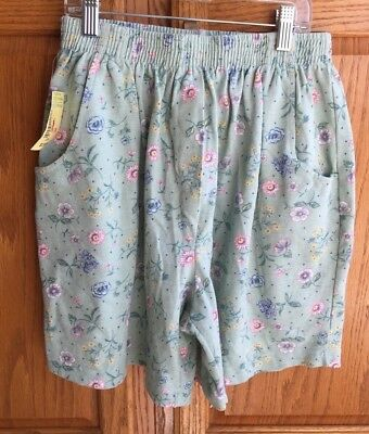 NORTHERN REFLECTIONS women S light green floral loose shorts NOS VTG 90s NWT NEW