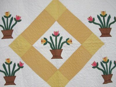 "Spring Cottage c 30s Medallion ""Tulips"" APPLIQUE Quilt Vintage"