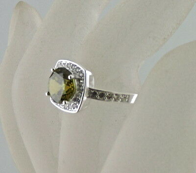 Vintage Sterling Silver White Topaz,round Cut Peridot Solitaire Ring Size 6,75