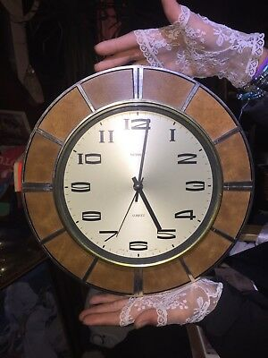 Collectable Vintage Retro Iconic Metamec 1970's Wall Clock Working