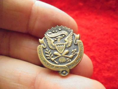 RARE WWI WWII 3rd Regiment of Infantry crest, collar pin