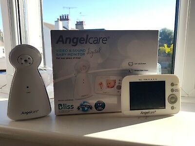 Angelcare AC1320 Digital Video and Sound Baby Monitor - Near Perfect Condition!