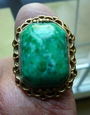 Vintage Gold Plated Filigree Green Stone Plastic Adjustable Ring L@@K
