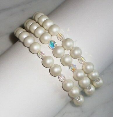 Vintage 3 Strand faux Pearl & Iridescent Bead 7 3/4 inch Bracelet