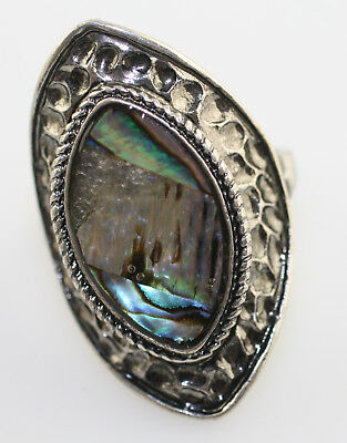 Vintage silver tone statement modernist style hammered abalone shell ring size 8