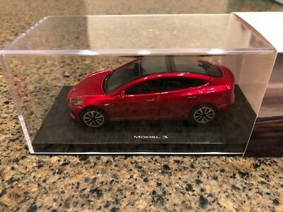 Tesla Model 3 diecast 'Signature Red' Gift 1/43 scale Day 1 Exclusive Gift