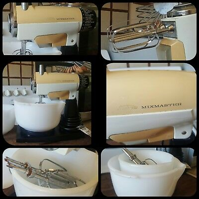 Vintage Sunbeam Mixmaster with 2 Mixing Bowls