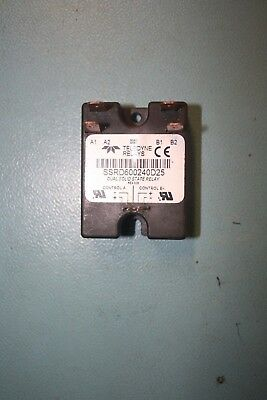 Teledyne Industrial SSRD600240D25 Relay SSR 3mA 30V DC-IN 40A 280V AC-OUT 8-Pin