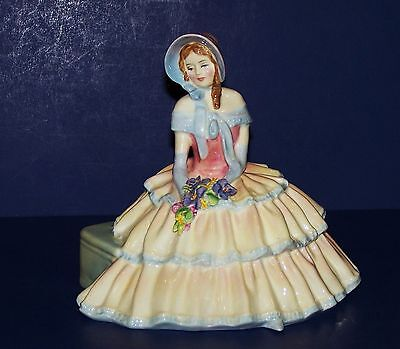 Stunning Royal Doulton England Daydreams Hn1731 Figurine