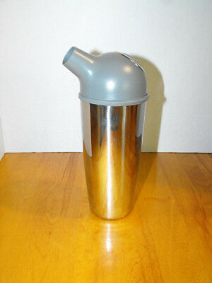 Trudeau Easy Pour Cocktail Shaker Stainless Steel 800 ml Chrome & Grey (NEW)
