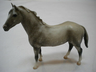 Breyer Molding Co. Horse Mare Grey Gray Speckled Standing