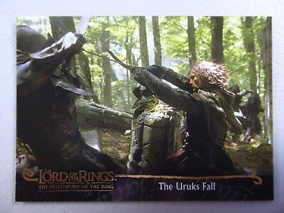 TOPPS Card : LOTR The Fellowship Of The Ring  #81 THE URUKS FALL