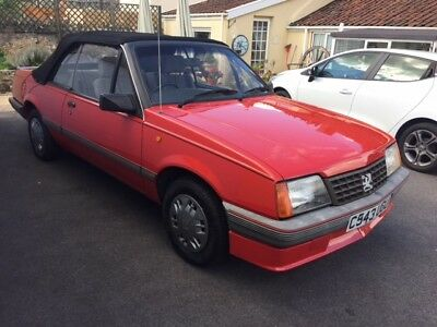 1986 Vauxhall Cavalier Convertible Mk2 1.8 Injection. Fantastic original example