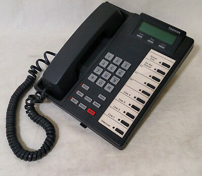 Toshiba Strata DK14 Telephone System with Voicemail & Telephones