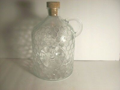 Circleware Honey Bee Clear Glass Pitcher Jug Handle Cork Stopper 2 Liter
