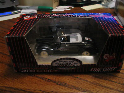 Fire Chief 1940 Ford Deluxe Coupe Texaco Limited Edition Black  Gearbox Flat A2