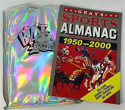 BACK TO THE FUTURE ****GRAYS SPORTS ALMANAC Prop Replica Journal  with HOLOGRAM
