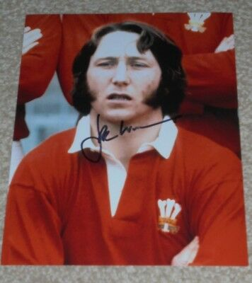 JPR WILLIAMS  - WELSH RUGBY LEGEND  -10x8  PHOTO SIGNED (7)