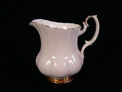 Royal Albert Val D´or Milchkännchen Val Dor