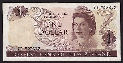 New Zealand $1 One Dollar Banknote 1968-75 D L Wilks P-163b
