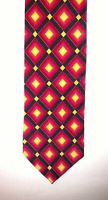 HUGO BOSS Men's Necktie Red Black Yellow Geometric 100% Silk Tie Italy