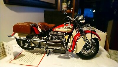 Franklin Mint 1942 Indian Motorcycle Model 442 1:10 Pre Owned