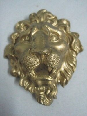 Antique small wall plaque Plate with mythical bronze figure a lion nº 7469 BE