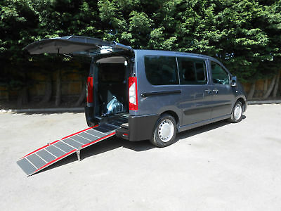 2011 Peugeot Expert 1.6HDi 90 Comfort Wheelchair Accessible Vehicle.
