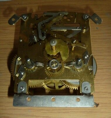 Striking movement from a Smiths 1950's mantel clock - shallow mechanism F7B 586