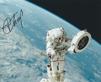 ASTRONAUT FRANKLIN CHANG-DIAZ SIGNED 8x10 PHOTO