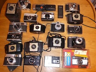 Job Lot Collection Of Various Film Cameras For Spares Or Repair, Display.