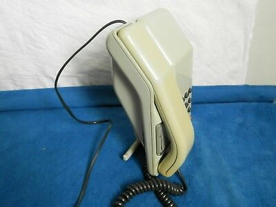 Viscount Grey BT TelePhone & wall mount. from the 1980's working tested.