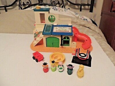 Vintage Fisher Price Little People Sesame Street Clubhouse Set with Figures #937