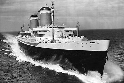 New 5x7 Photo: Ocean Liner SS UNITED STATES, Last Blue Riband Cruise Ship