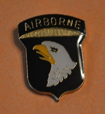 101st Airborne Divison Screaming Eagle US Army Lapel Hat Pin Military Pinback