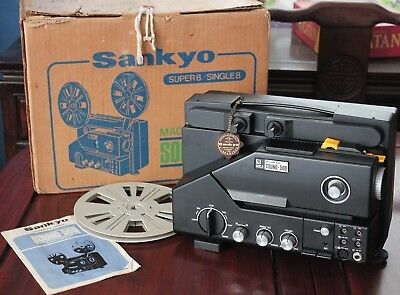 Vintage Sankyo Sound-500 Super 8 8mm Film Projector with Box, Reel & Manual
