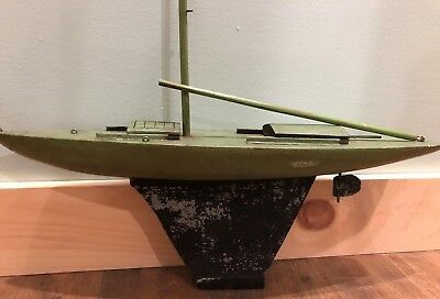 "Antique Vintage 1920s Green Wood Model Mast 24"" Sailboat NO SAIL Metal Keel"