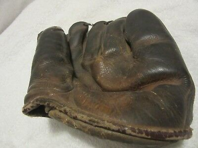 Phil Scooter Rizzuto vintage Reach baseball glove model 2161
