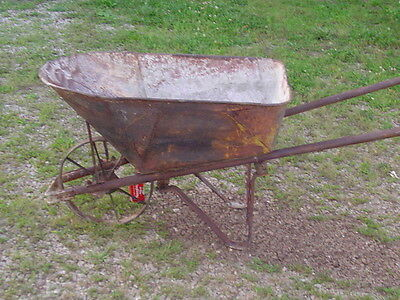 *LPU*** Vintage ALL METAL WHEELBARROW for antique garden yard art deco display