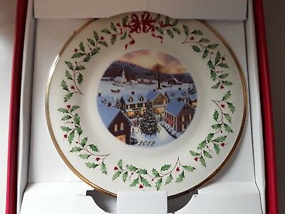 Brand New Lenox Holiday Annual Christmas Plate 2012 New In Box