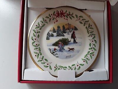 Brand New Lenox Holiday Annual Christmas Plate 2013 New In Box